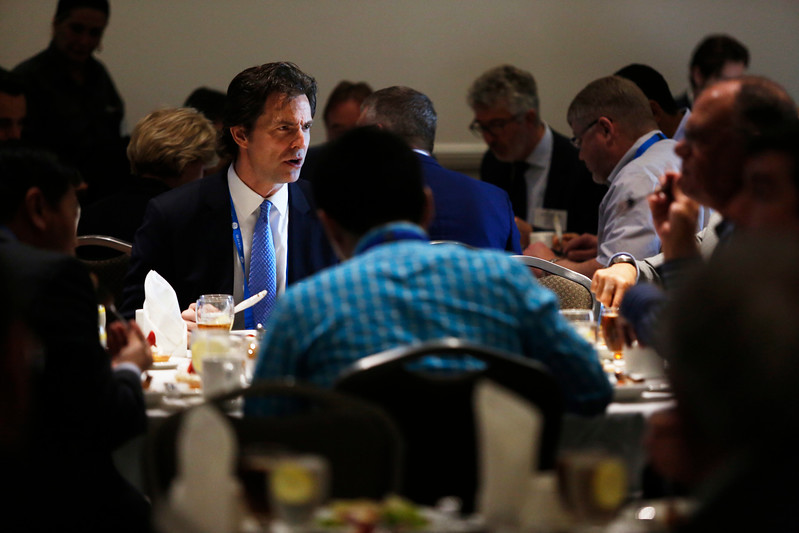 Attendees during Topical Luncheon: Moho Nord, An Innovation Showcase