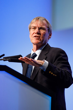 Rowan Chlebowski, MD, PhD, speaks during the Plenary Session