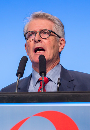 RC Coombes, MD, speaks during GENERAL SESSION 3