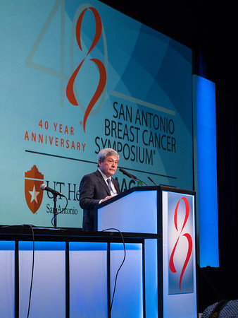 Carlos Arteaga, MD speaks during the Opening Plenary Session