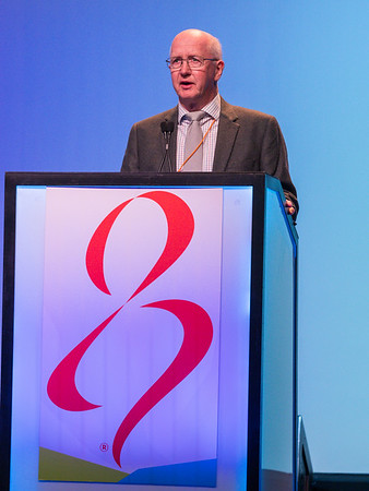 Mitch Dowsett, MD, speaks during GENERAL SESSION 3