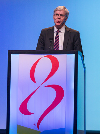 T Whelan, MD, speaks during GENERAL SESSION 4