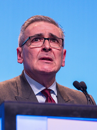 Discusant Joseph Sparano, MD speaks during GENERAL SESSION 2