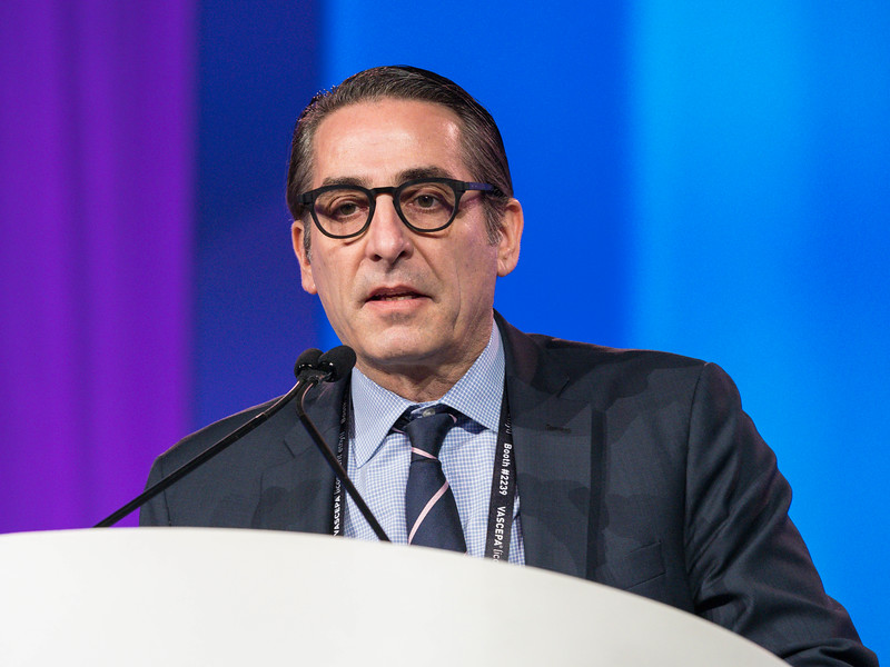David Mark Shavelle discusses the CardioMEMS Trial during Late-Breaking Clinical Trials (LBCT) III