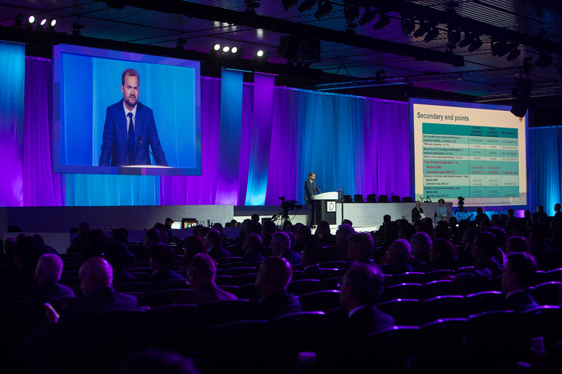 Jorrit Lemkes presents  during Late-Breaking Clinical Trials (LBCT) V: SAFARI-STEM, COACT, TREAT, STOPDAPT2, SMART-CHOICE