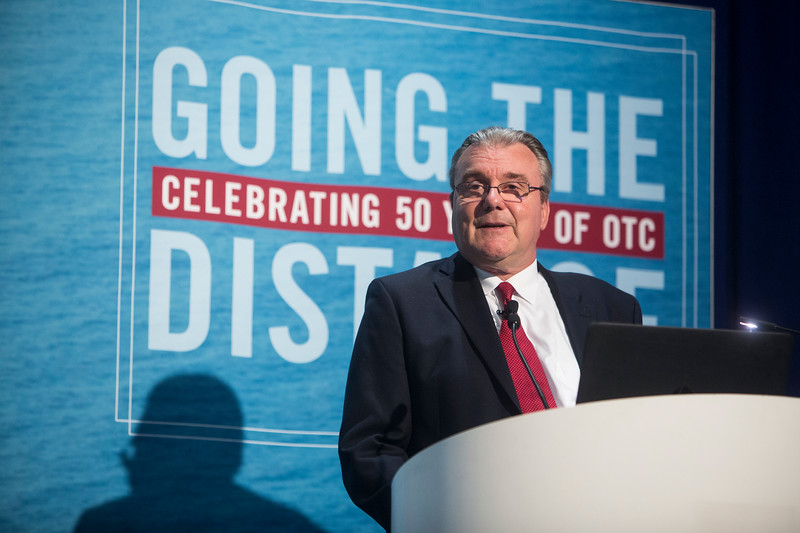 David Knight speaks during Technical Sessions: Overcoming Challenges on the Big Foot Project