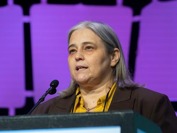 Fatima Cardoso speaks during GENERAL SESSION 4