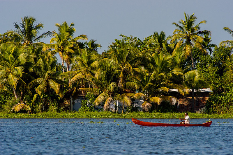 Red boat (Alappuzha)