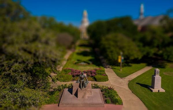 Judge Baylor Statue - Pat Neff Hall - Founders Mall - miniature, drone, aerial