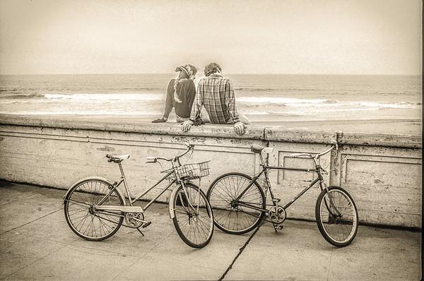 Couple at Golden Gate Park, Monochrome