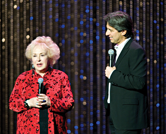 Doris Roberts and Ray Romano exchange banter for a highly entertained audience, 2010.