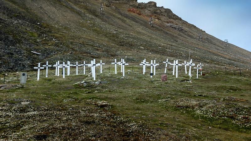 The Longbyearbyen graveyard