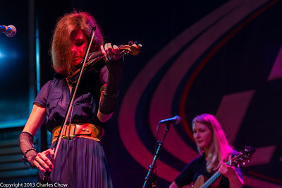 Mary Ramsey and Melanie Luciano - 10,000 Maniacs
