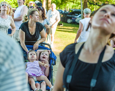 Faces in the Crowd-5276