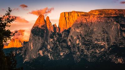 Alpine Glow at the Sciliar Massive | South Tyrol (IT)