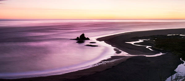 Panorama of the coast from the Omanawanui walk.