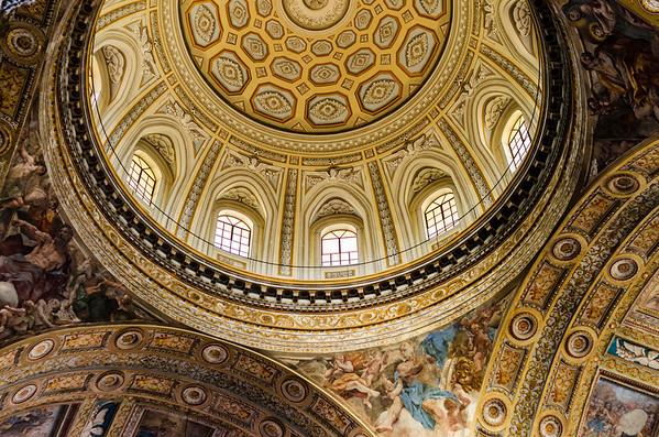 The dome of Chiesa del Gesù Nuovo