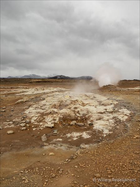 Sulphur Steam