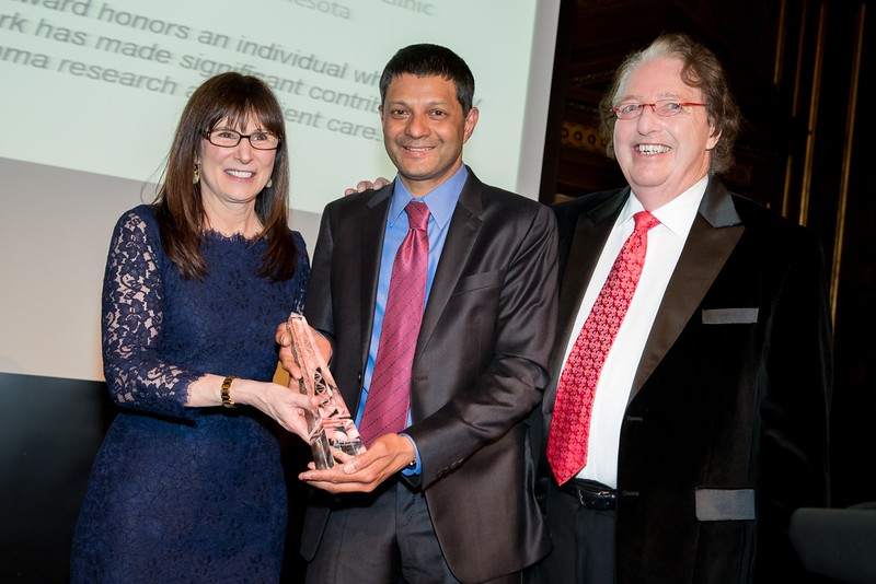 IMF President Susie Novis Durie (left), Dr. S. Vincent Rajkumar (center) and IMF Chairman Dr. Brian Durie (right)