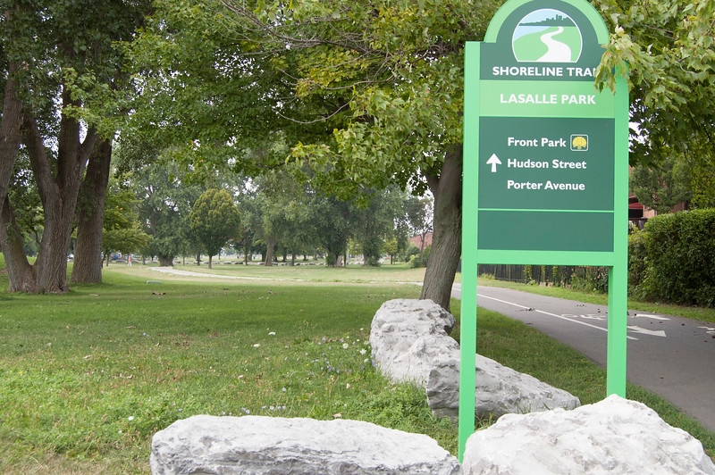 Lakefront Boulevard Entrance (at Lakefront Boulevard)
