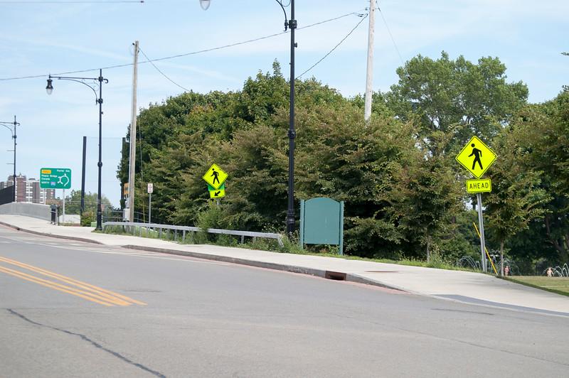 Porter Avenue Entrance to LaSalle Park