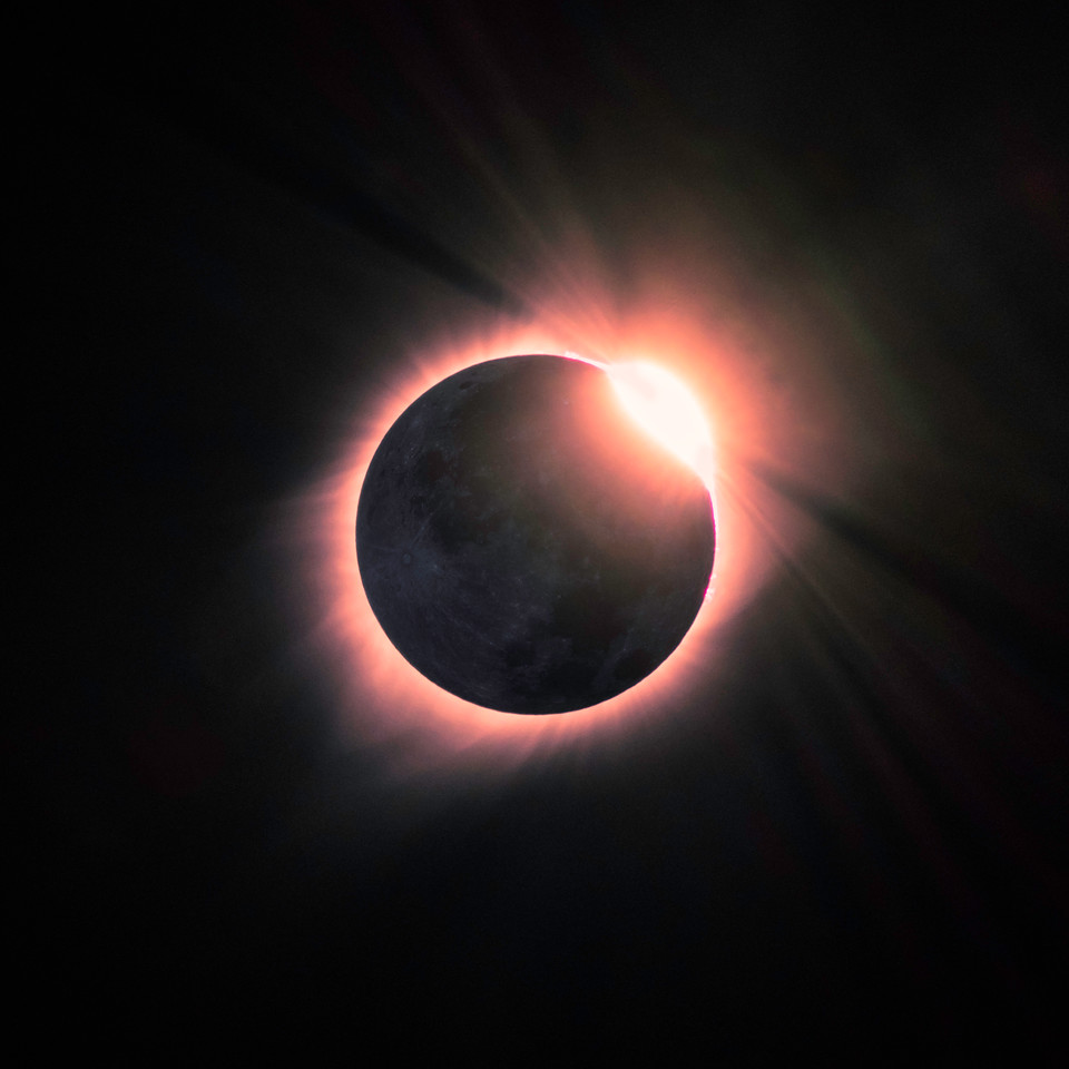 Totality - diamond ring