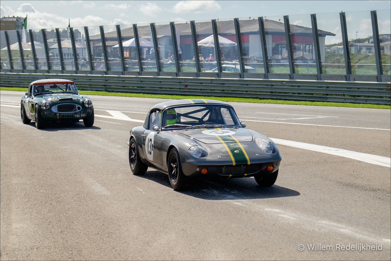 Classic Cars (no. 13)