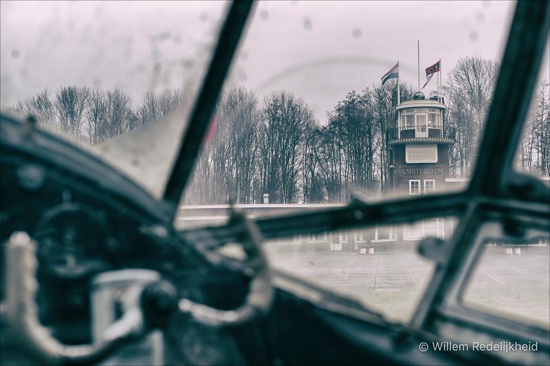 Pilot View Amsterdam Airport
