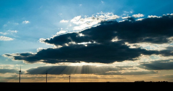 Percée à travers les nuages