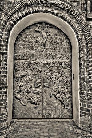 Church Door, Monotone