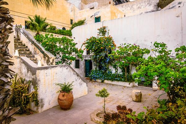 Courtyard Garden #2