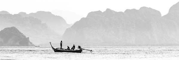 Thaï Fishermen near Krabi (Thaïland)
