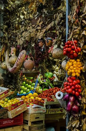 Vendor of via dei Tribunali, Napoli.
