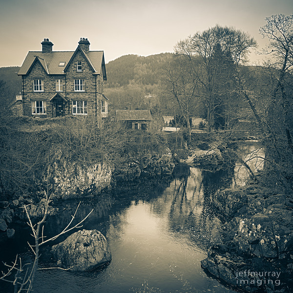 I have been wanting to come back to Betsw y Coed since 1998, when we came here with Isabella and Maddie.<br /> <br /> It is a lovely little villiage close to Mt Snowdon and has a delightful waterfall and stone bridge right in the middle of town.