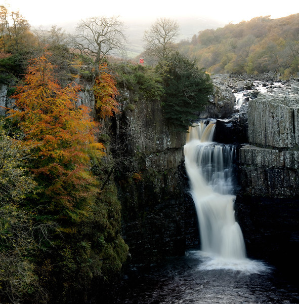 High Force waterfall, UK  copyrights © Franek Siedlok