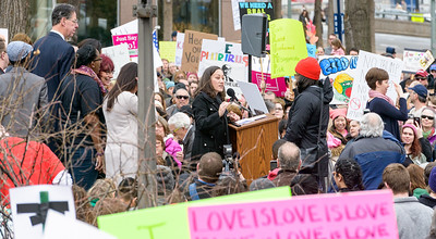 Rochester Women March Jan 2017-4873
