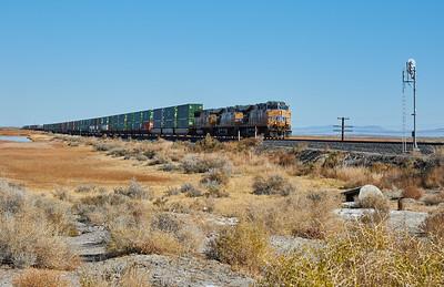 2016-11 Railroad east of Reno