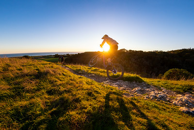 Greg Watts chases Kyle Strait into a Santa Cruz sunset  during a shoot for Ride Concepts #thenbeer @gregwatts1987 for @ridecncpts