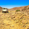 Landrover in Wadi