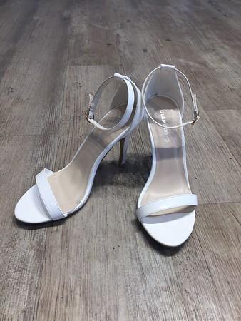 Size 37 EU , Heel height 4 inch