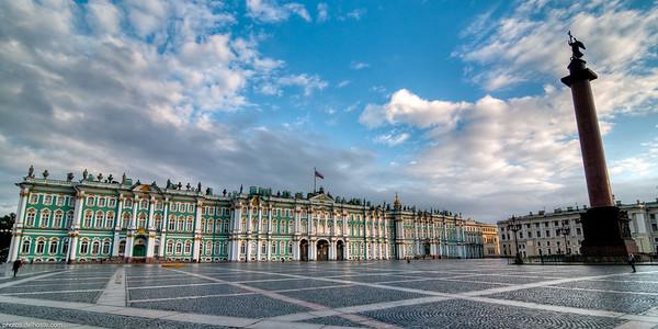 L'Ermitage et sa place