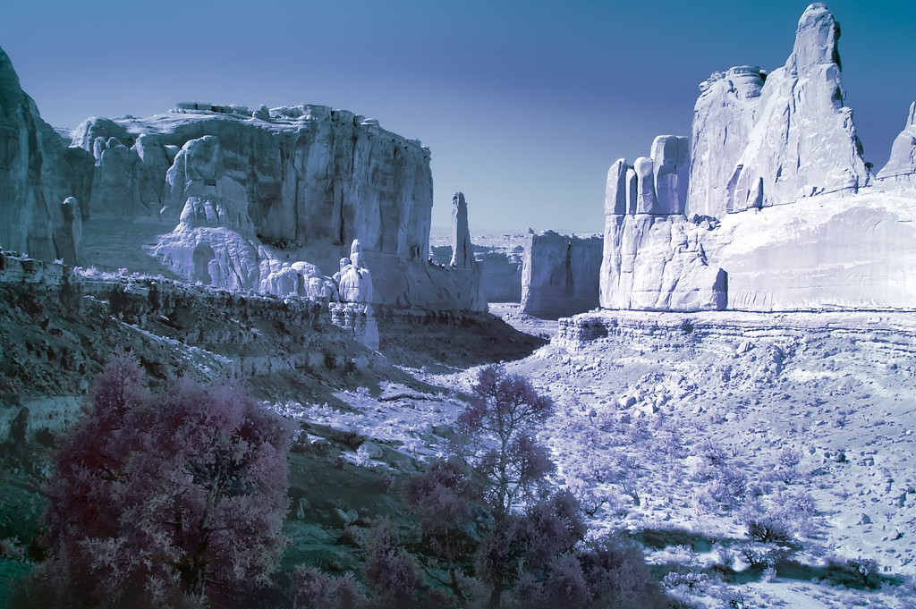 Park Avenue, Arches National Park, Infrared