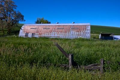 Abandoned Half-Pipe Palouse Barn