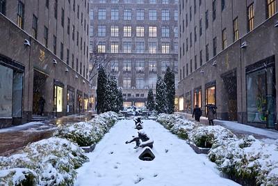 Rockefeller Center and Saks In Snow 2015