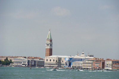 Standard shot of the Doge's Palace at St. Marks.  There is nothing wrong with your computer, apparently my camera was leaning when I took this pic.  Stupid waves