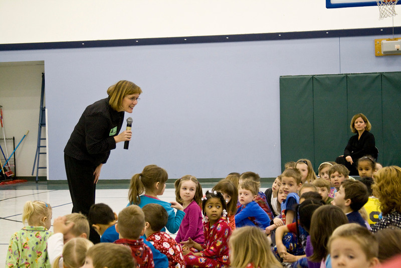 Knapp Charter Academy. Sue Thoms takes questions.