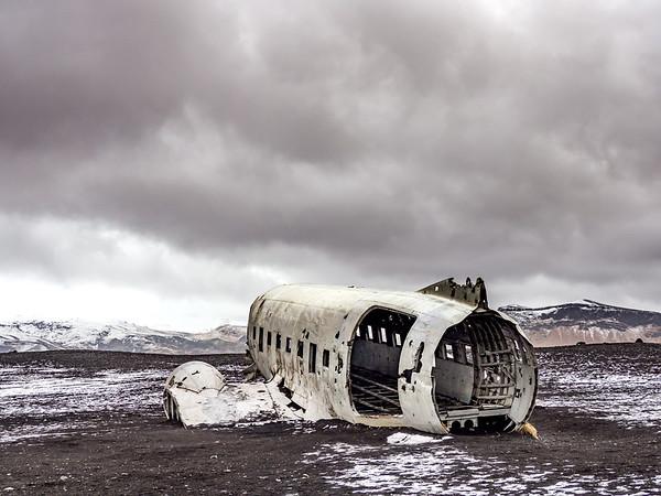 DC-3 on the beach