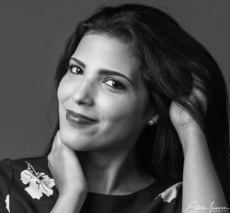 Model: Regina Alvarado