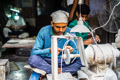 Sculteur de pierres à Agra
