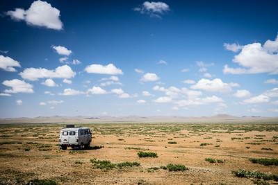 van UAZ désert de Gobi